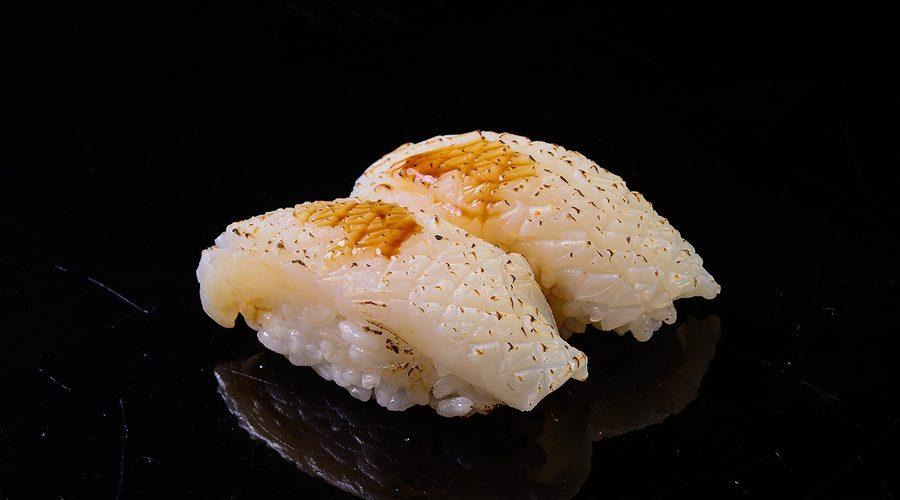 Anisakis: Una Sgradita, Ma Evitabilissima Sorpresa Del Pesce Crudo. Ecco I Sintomi Che Possono Farne Sospettare La Presenza